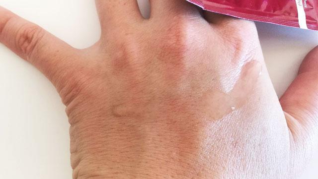 【実験2】シーラボ アクアインダームEXのあるなしで、その後の化粧水の浸透がどれだけ違うのか